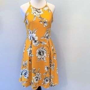 Soprano Marigold Yellow Floral Fit & Flare Dress M